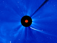 Comet ISON nears its apparently fatal encounter with the sun on Thursday.