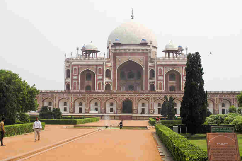 The sandstone monument to the second Mughul Emperor Humayun, now restored to its former glory, is the centerpiece of an enclosed garden complex. Construction began in 1570 and marked the beginning of the Mogul dynasty's major building