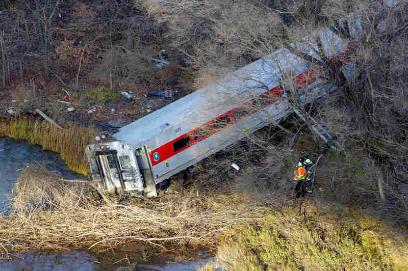 "The National Transportation Saftey Board says it has dispatched its ""go-team"" in New York to investigate the accident."