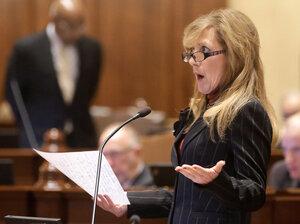 Illinois Sen. Linda Holme