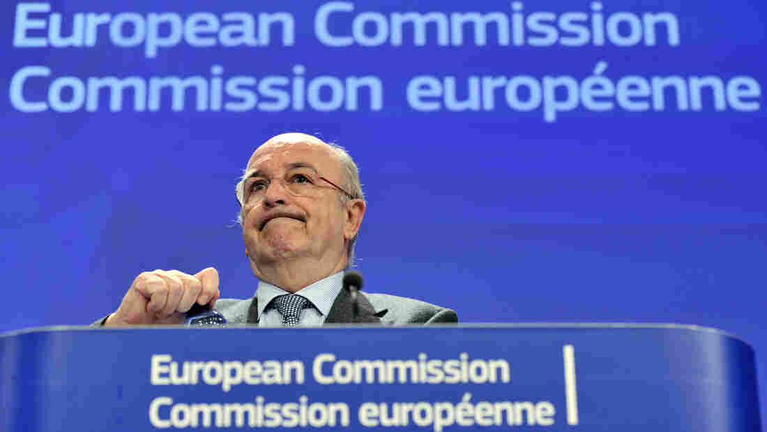EU Competition Commissioner Joaquin Almunia announces fines against eight large banks, in a scandal over rigging interest rates.