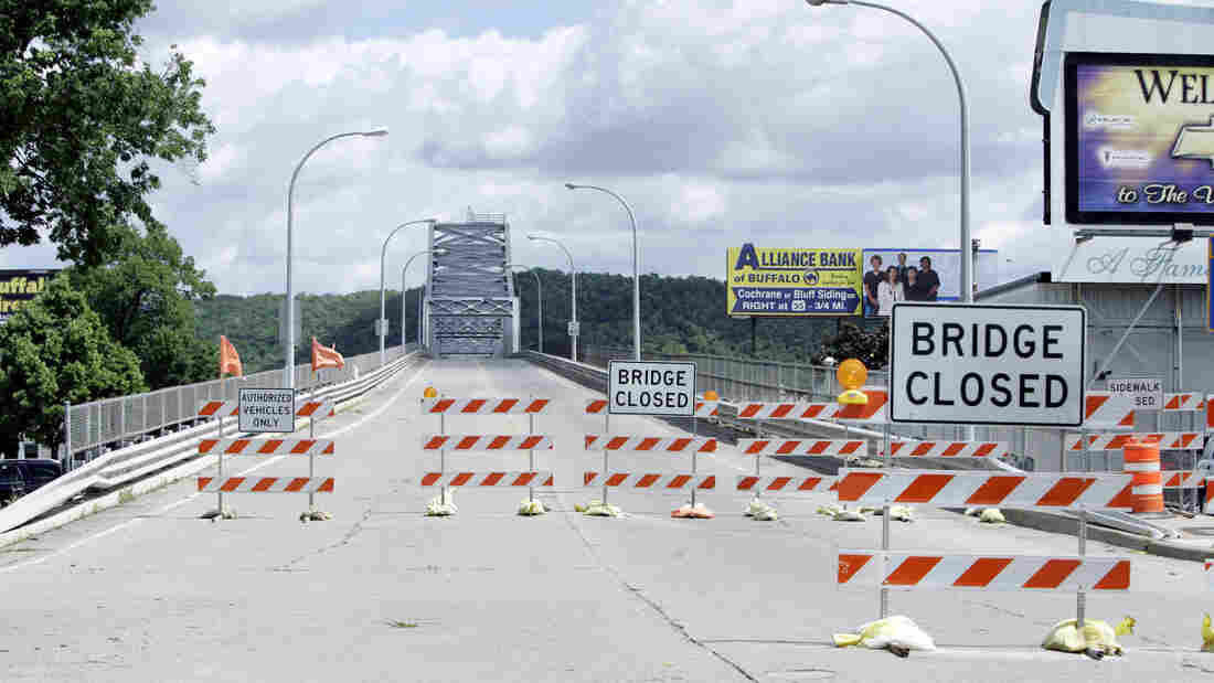 In this June 2008 photo, the bridge spanning the Mississippi River between Winona, Minn., and the Wisconsin side of the river is closed to traffic.