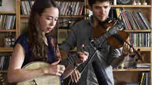 Sarah Jarosz: Tiny Desk Concert