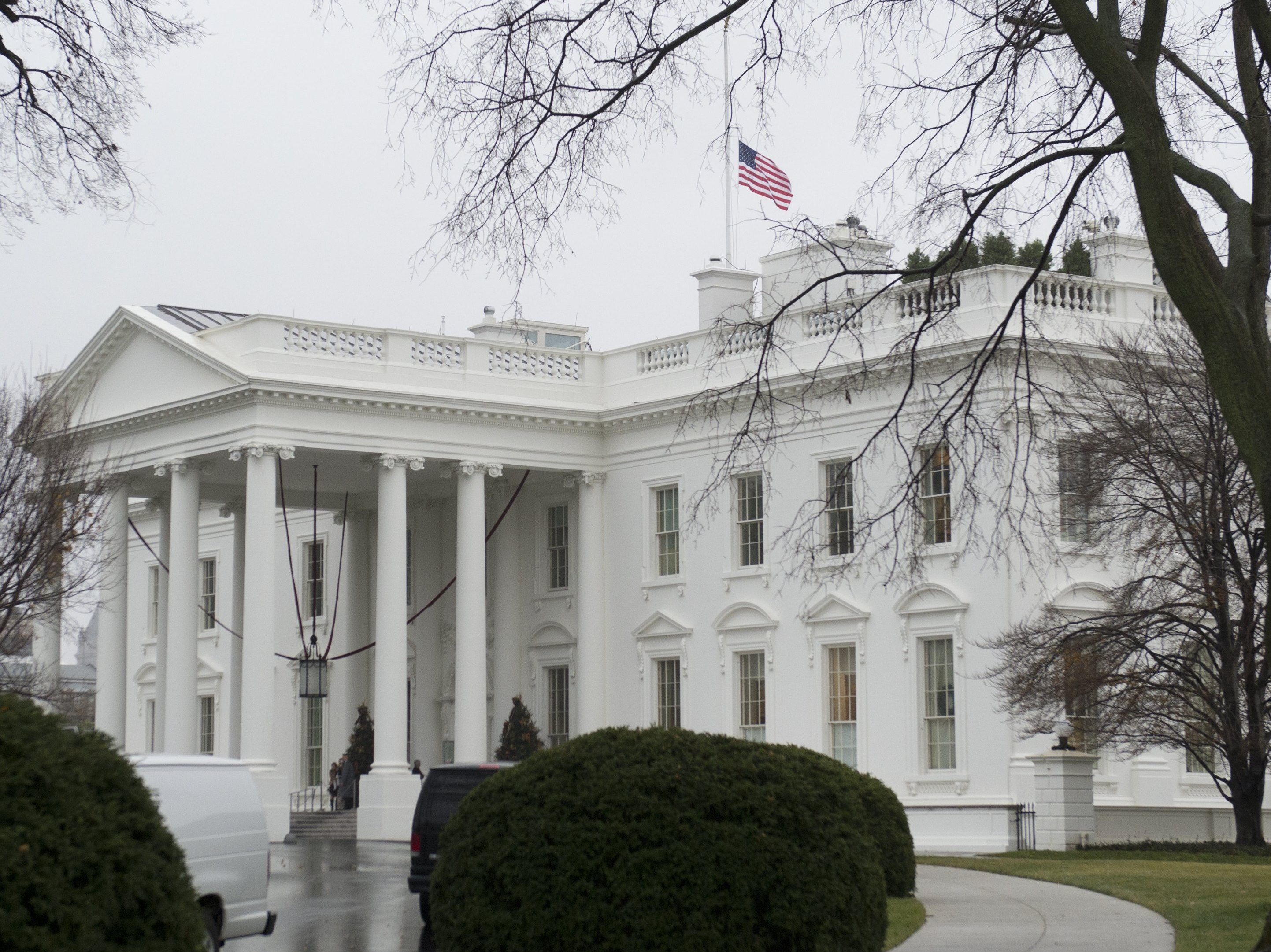 U.S. Flags Lowered For Mandela, A Rare Honor For Foreign Leaders