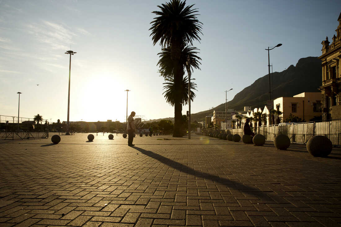 Taken at dawn outside the City Hall on Cape Town's Grand Parade.