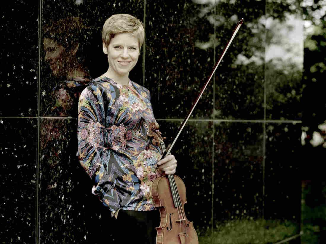 Violinist Isabelle Faust.
