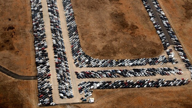 Cars line the runway and taxiways at Calverton Executive Airpark in Calverton, N.Y., on Jan. 9. (AFP/Getty Images)