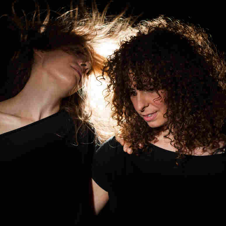 Khaela Maricich (left) and Melissa Dyne of The Blow.
