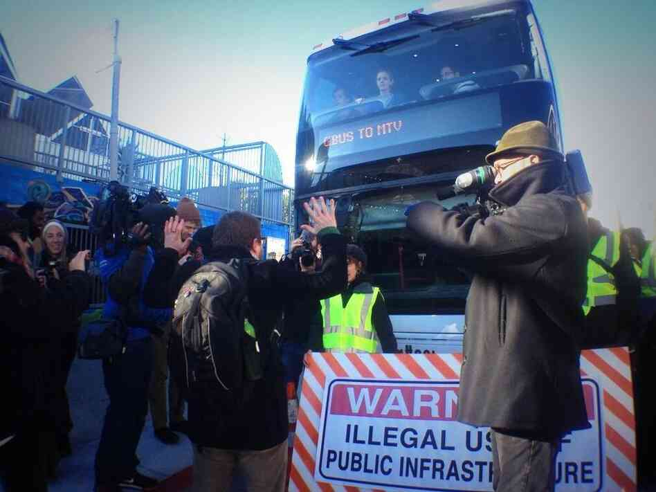 Last Monday, protesters blocked a bus that transports San Francisco Google employees to Silicon Valley.