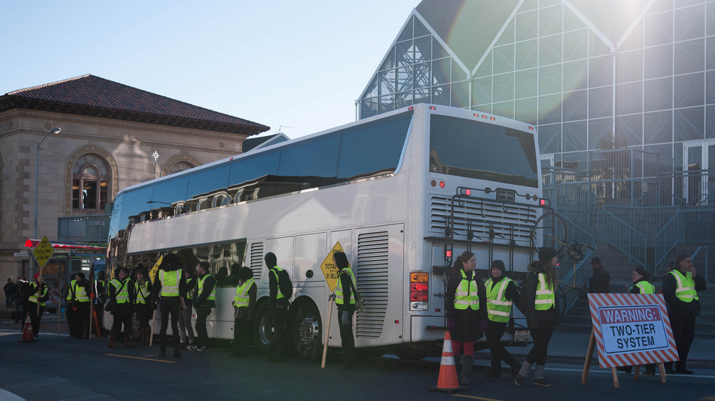 In A Divided San Francisco, Private Tech Buses Drive Tension