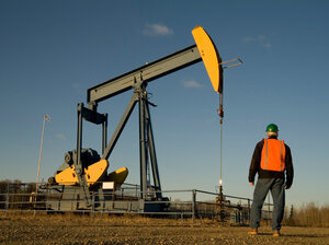 Energy companies are adding workers, but fatal accidents are on the rise, too.