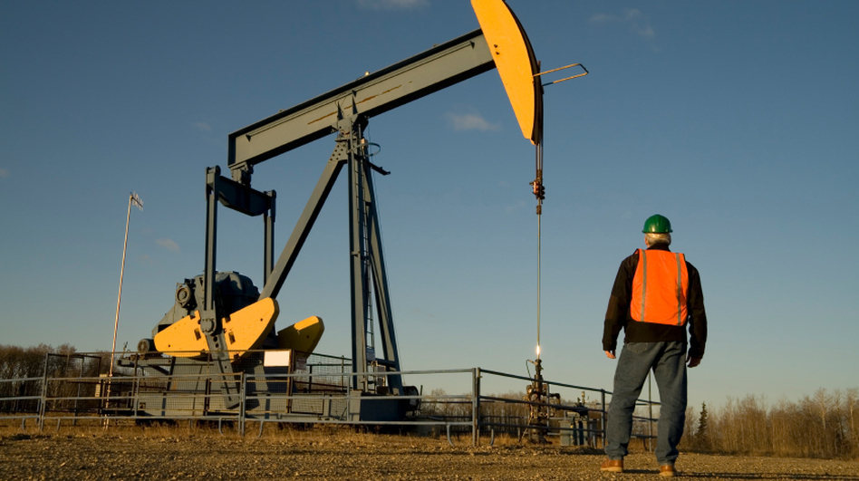 Energy companies are adding workers, but fatal accidents are on the rise, too. (iStockphoto)