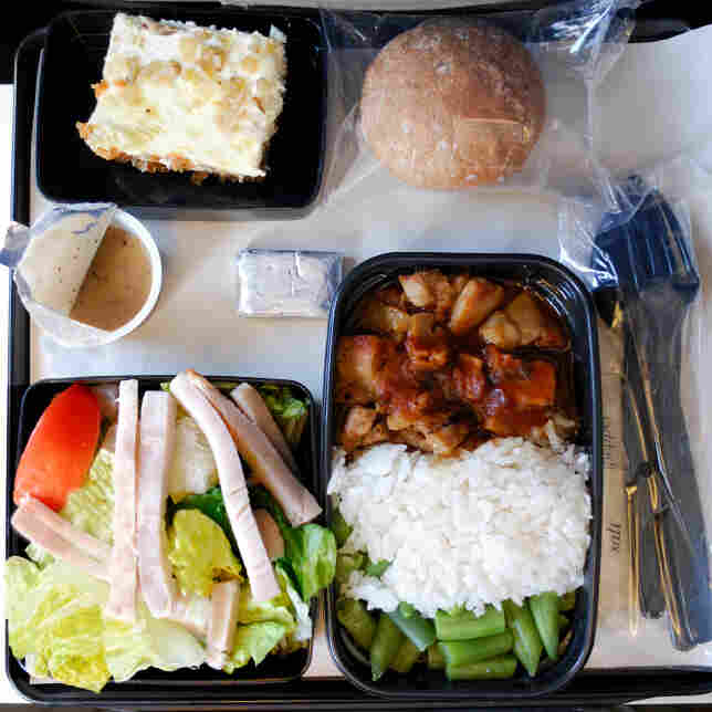 Flying This Holiday? Here Are A Few Tips To Survive Airline Food