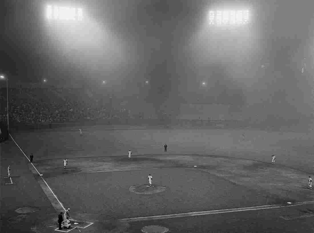 A low, wet fog swirled across the field at Candlestick Park in San Francisco as the Giants opened a three-game series against the Cincinnati Reds on Aug. 31, 1962.