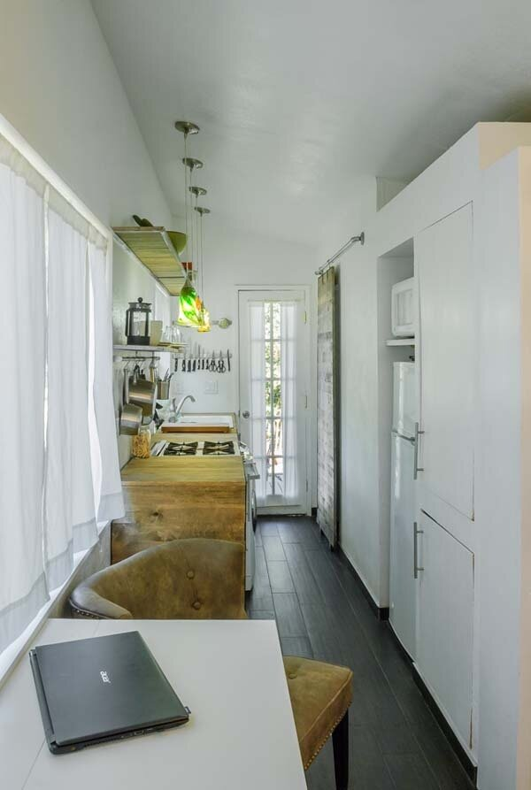 Architect's Dream House: Less Than 200 Square Feet