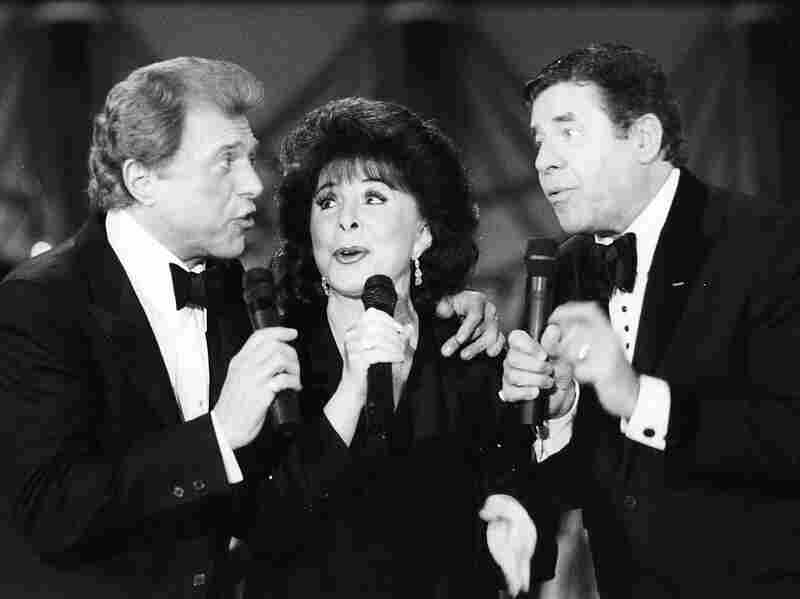 Steve Lawrence (left), Edyie Gorme (center) and Jerry Lewis sing during the MDA Telethon at the Sahara Hotel in 1993.