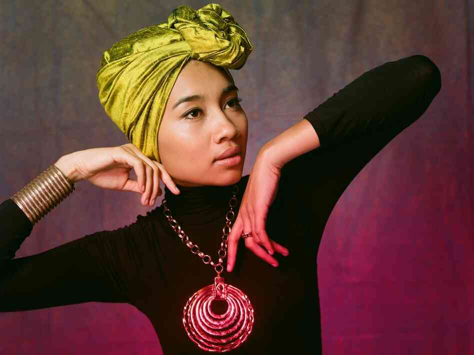 Yuna doesn't just make music, but runs a fashion boutique where she sells funky but modest clothes.