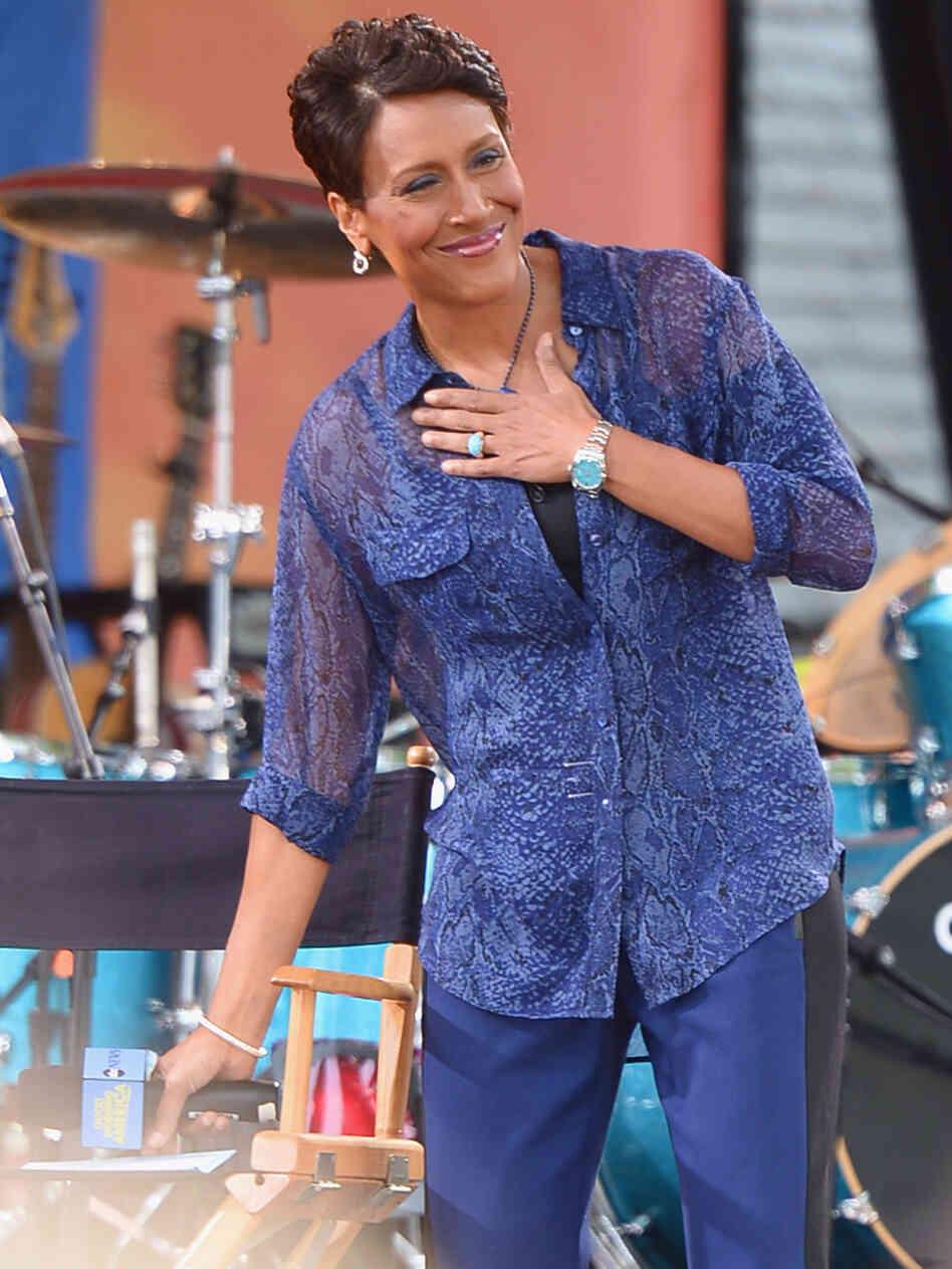 Good Morning America co-host Robin Roberts recently made an offhand comment on Facebook that revealed she's in a same-sex relationship.