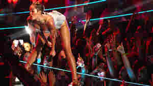 As Miley Cyrus was twerking, the camera phones were out. At least this time, though, perhaps selfies weren't the goal.
