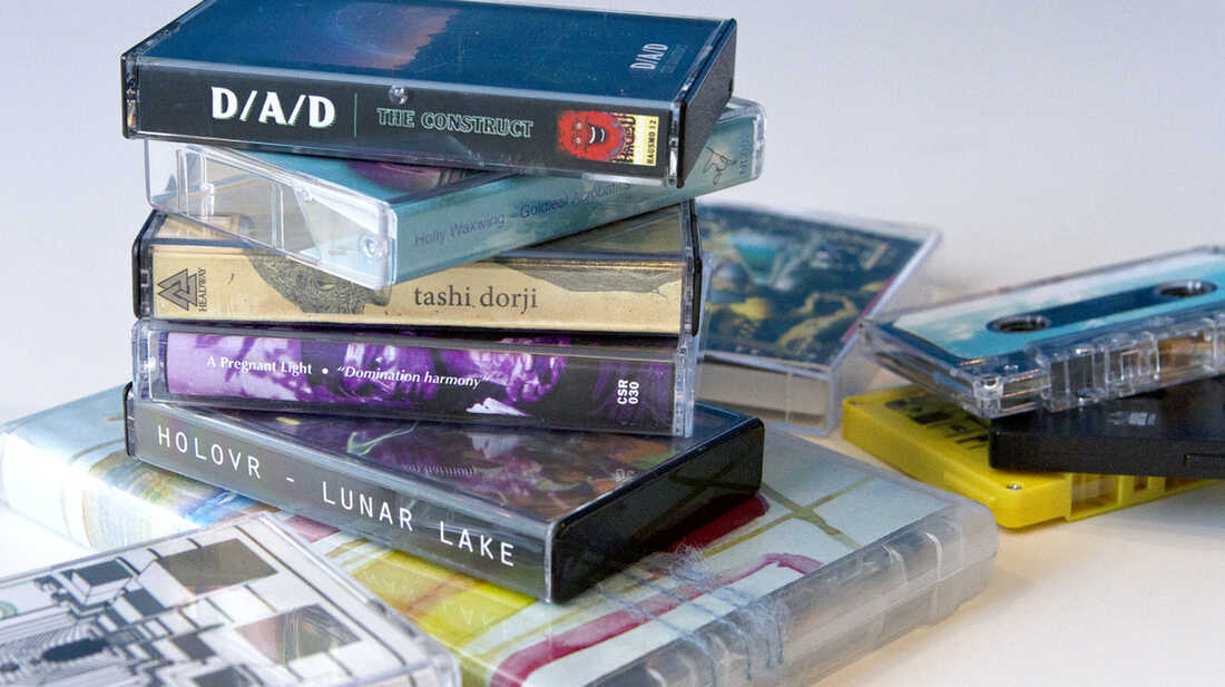 10 Favorite Cassettes Of 2013