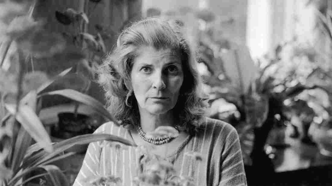 English novelist Elizabeth Jane Howard is pictured in 1978.
