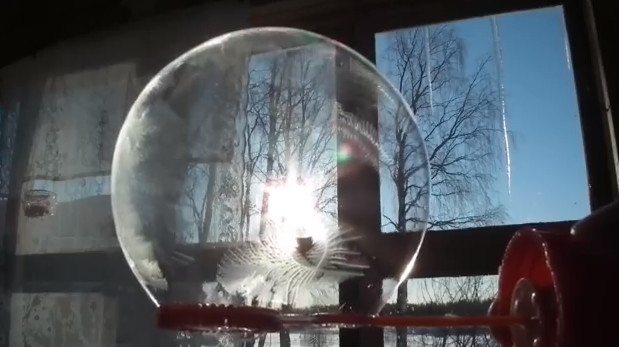 Don't Just Shiver, Here Are 3 Cold-Weather Experiments To