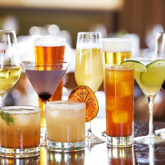 Rethinking Alcohol: Can Heavy Drinkers Learn To Cut Back