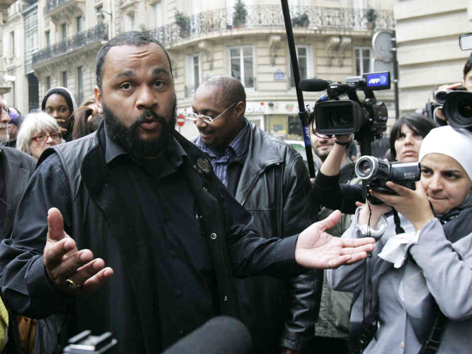 A French court has ruled that comedian Dieudonne M'Bala M'Bala, seen here on May 13, 2009, c