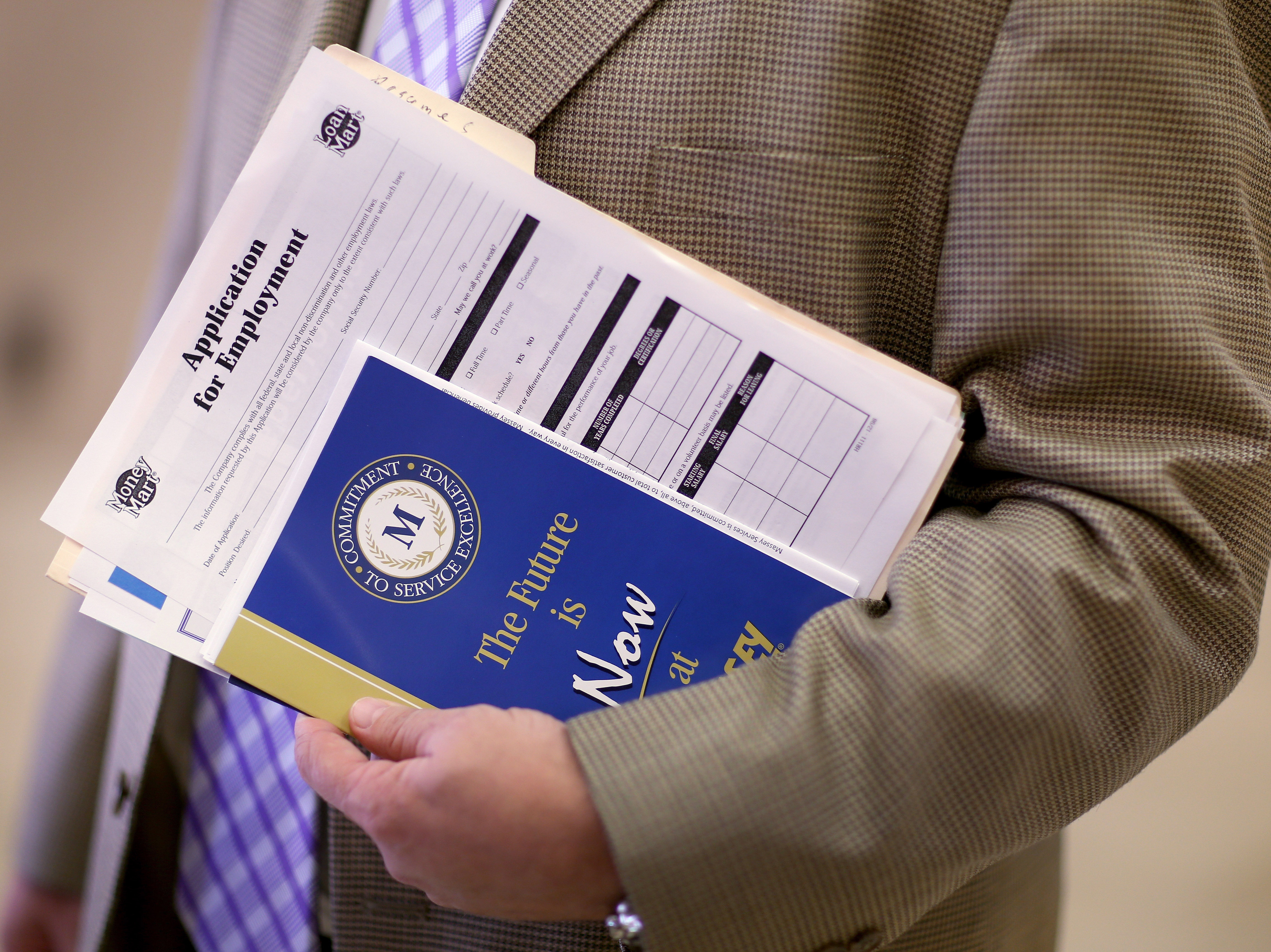 More Slow-But-Steady News: Fewer Jobless Claims Filed