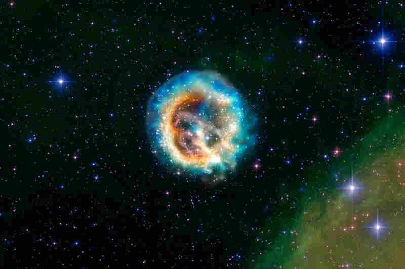 This composite image shows new details of the aftermath of a massive star that exploded. The explosion itself would have been visible from Earth over 1,000 years ago.