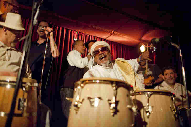 Roman Diaz, backed by an ensemble called Midnight Rhumba, led a set of Afro-Cuban percussion and chanting.