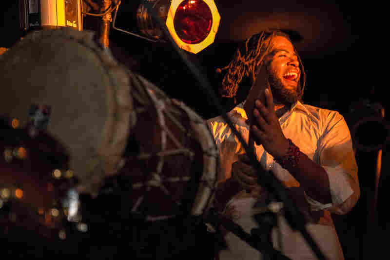 """Percussionist Vernon Catlein from KiT, whose name stands for """"Kuenta i Tambu"""" — """"Stories and Drums"""" in the Antillean language of Papiamentu."""