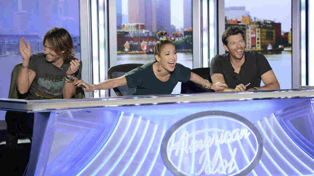 Judges Keith Urban, Jennifer Lopez and Harry Connick, Jr. appear on a surprisingly no