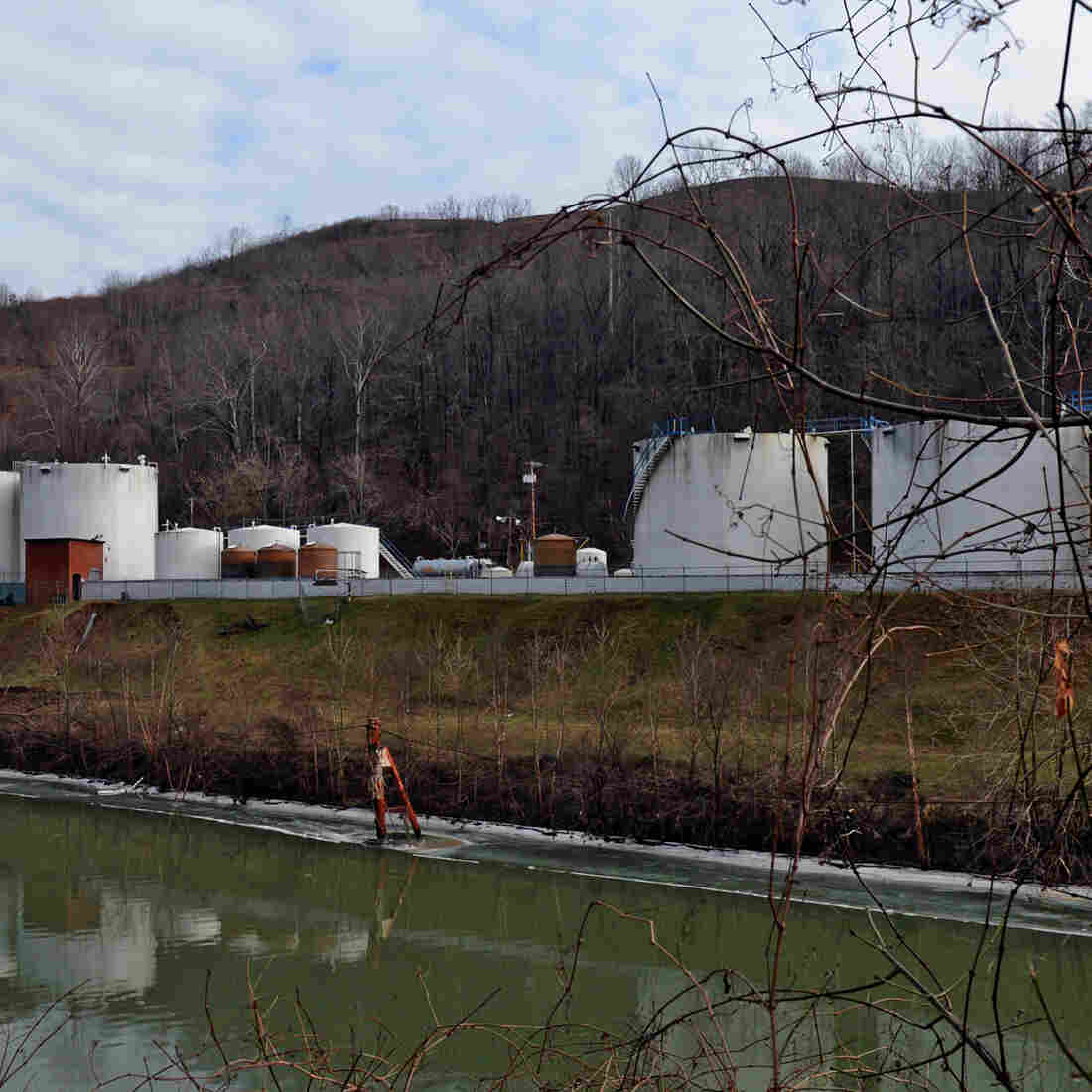Chemical Company In West Virginia Water Crisis Files For Bankruptcy