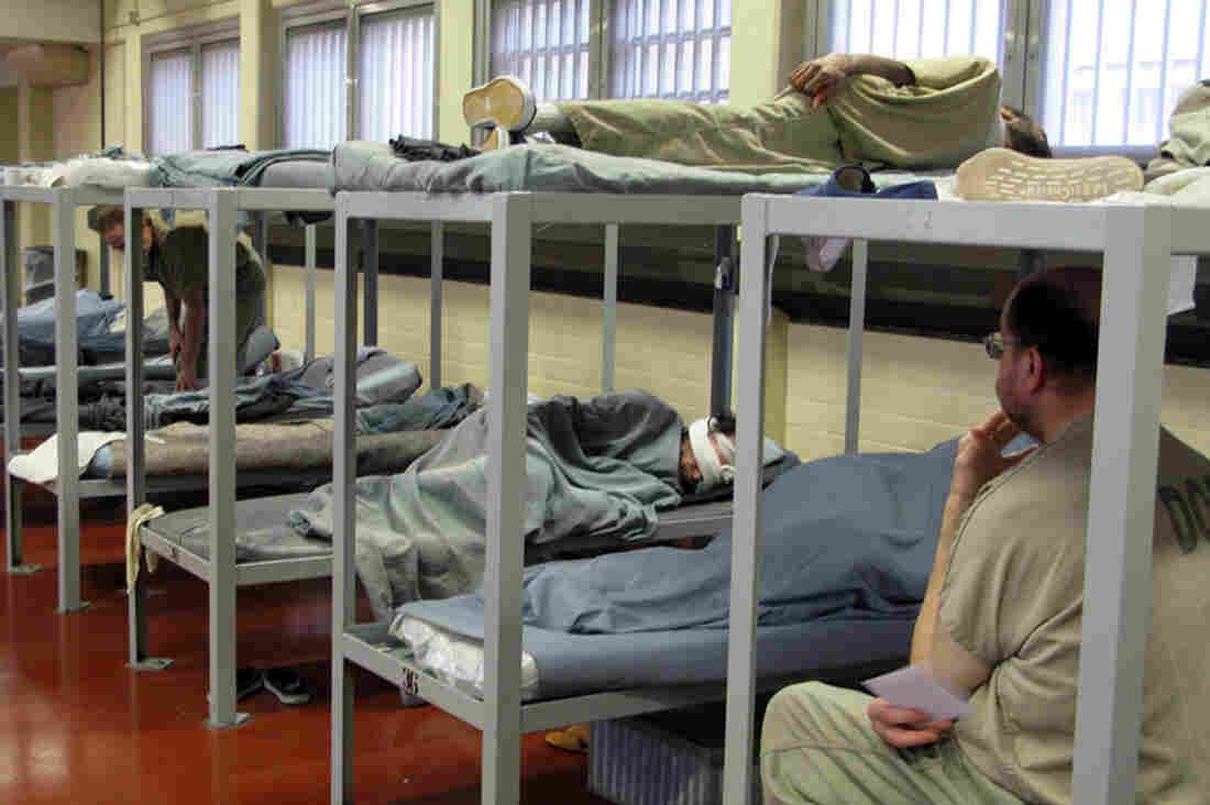 Mentally ill inmates who are able to shower, eat, sit quietly and otherwise care for themselves live in the jail's Division 2. A psychologist is stationed right outside the room, and officers are specially trained to deal with psychotic episodes.