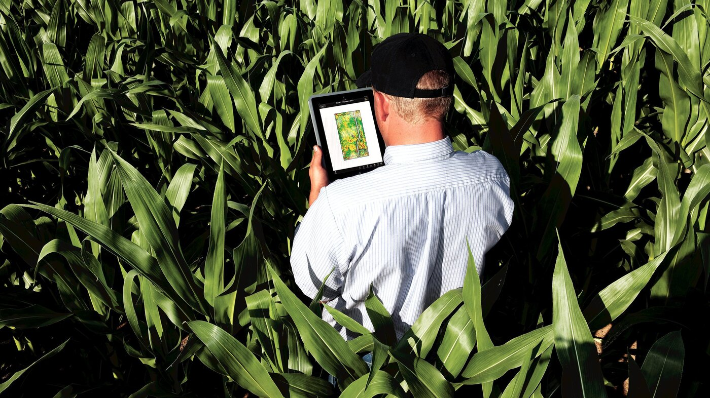 Farmers Only Reviews >> Should Farmers Give John Deere And Monsanto Their Data ...