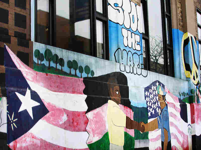Mural depicting the Puerto Rican flag in Brooklyn, New York.