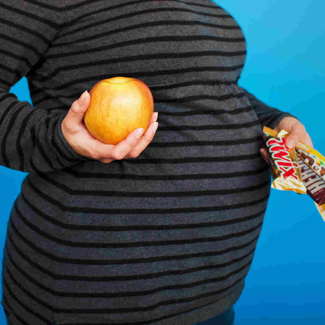 Choose wisely: What Mom eats during pregnancy can set the stage for obesity in her baby.