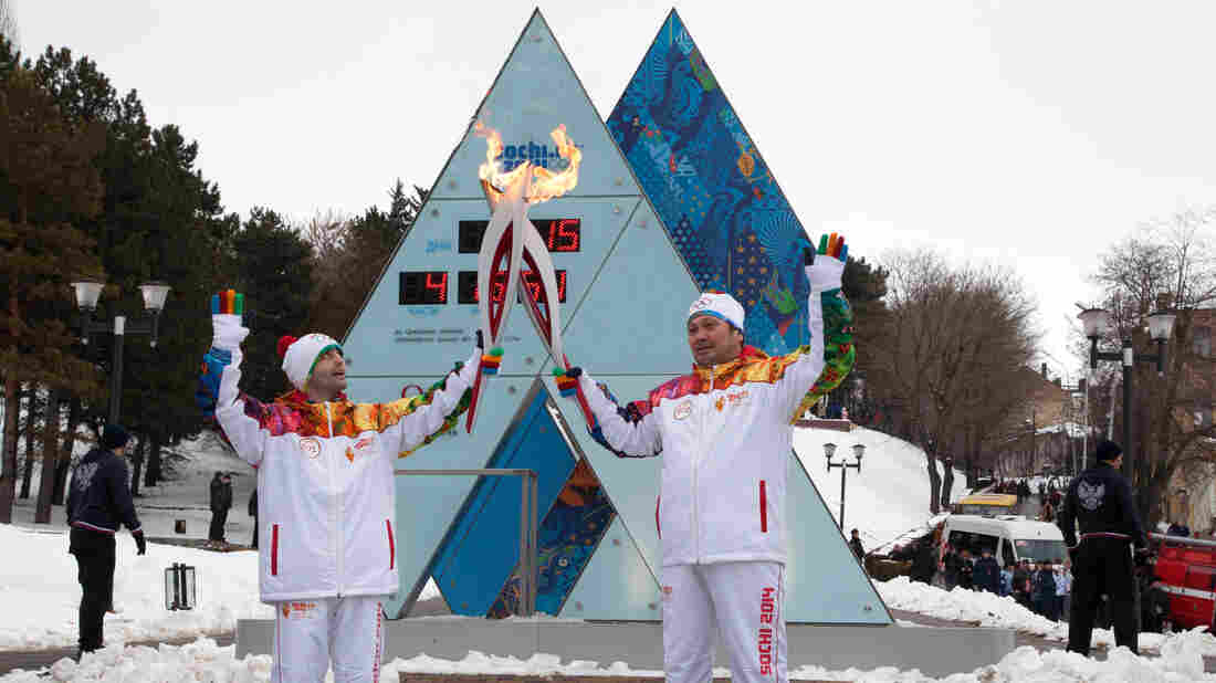 You don't need a fancy outfit and a torch to connect to the 2014 Winter Olympics. Just use Twitter.