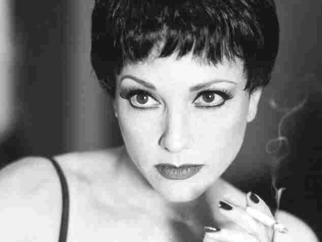 Bebe Neuwirth as Velma in the 1996 revival of Chicago.