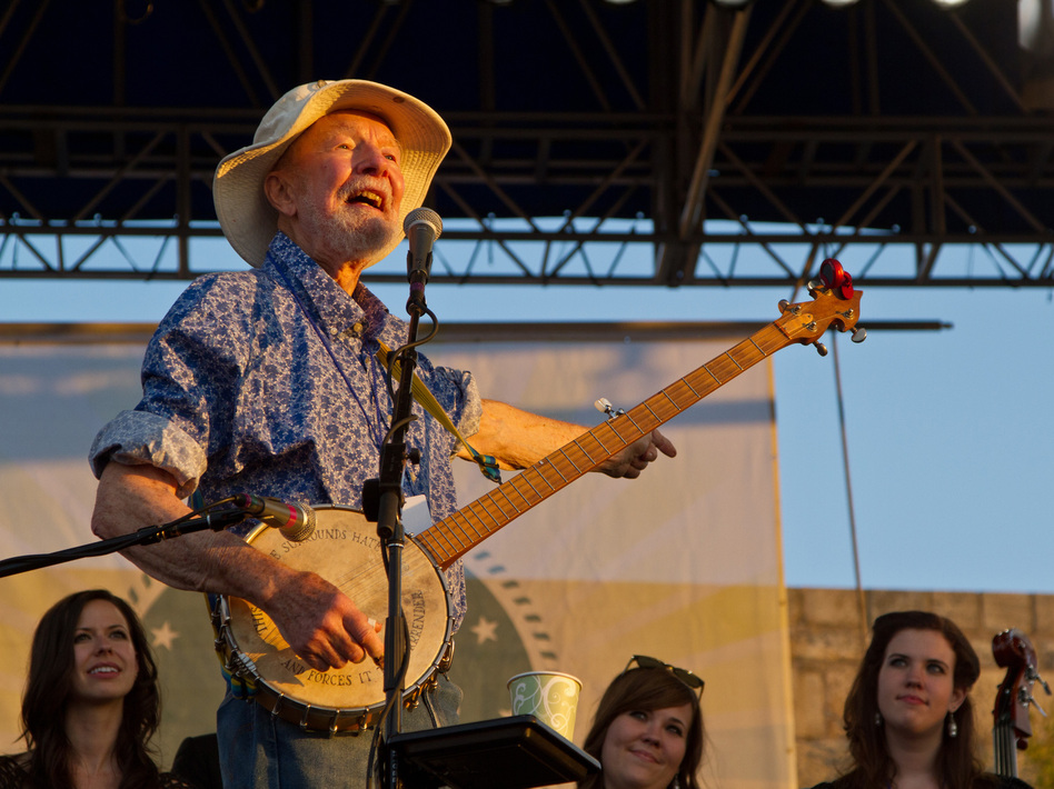 Pete Seeger closes out the 2011 Newport Folk Festival. (Anna Webber/WireImage)