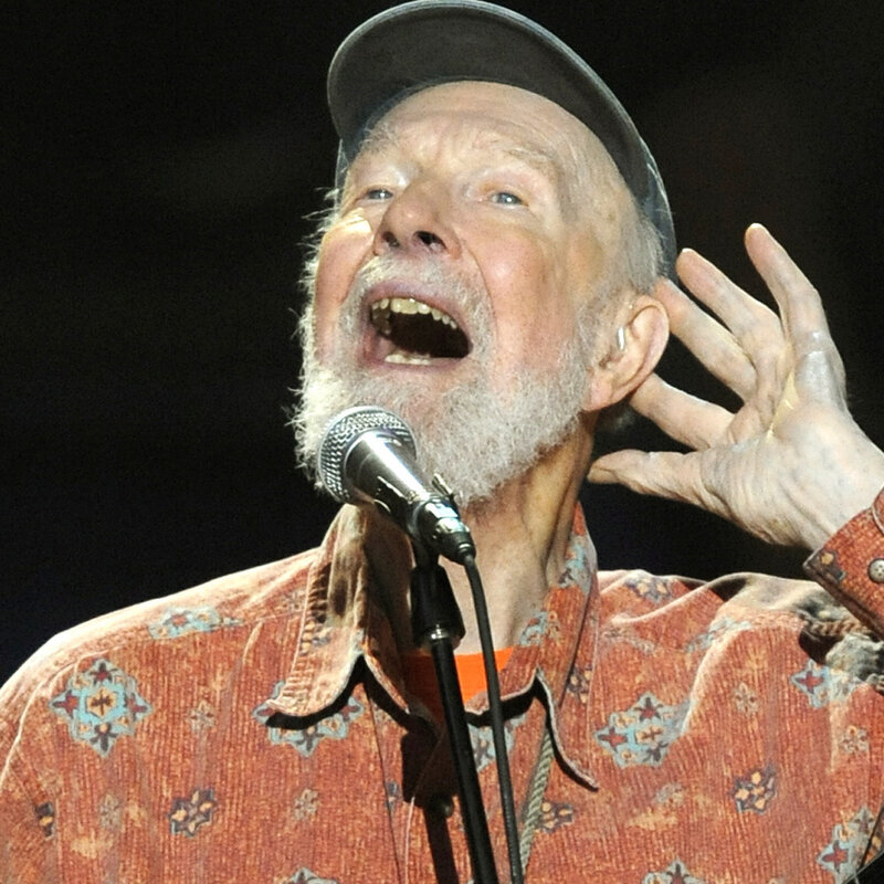 Folk Activist Pete Seeger, Icon Of Passion And Ideals, Dies