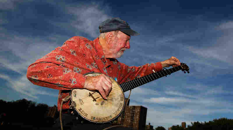 Pete Seeger Remembers Guthrie, Hopping Trains And Sharing Songs