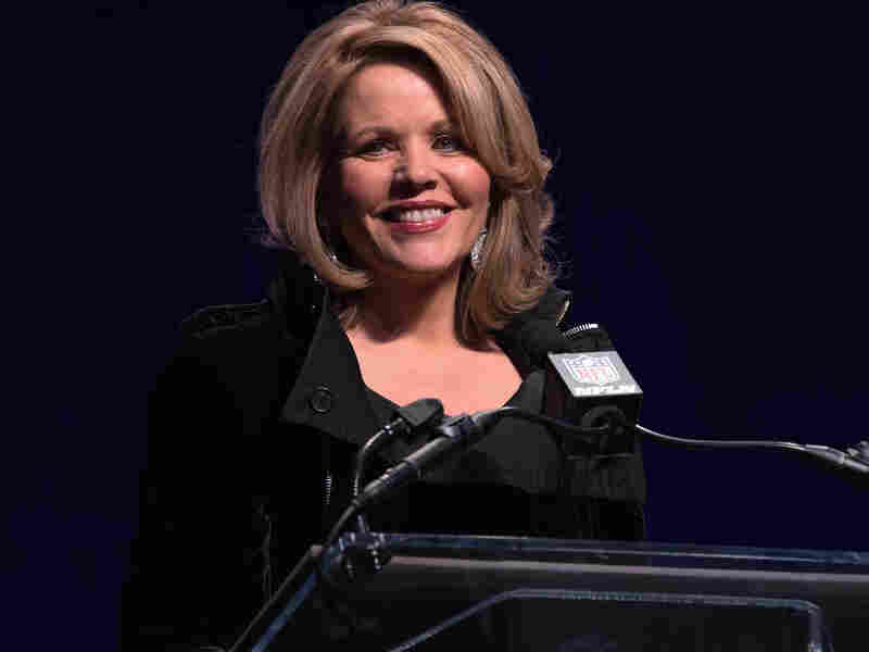 """Opera singer Renee Fleming will sing """"The Star-Spangled Banner"""" live on Sunday night."""