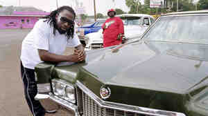 MJG (left) and Eightball (right) in the parking lot of Pressure World Carwash in Memphis in 2004.