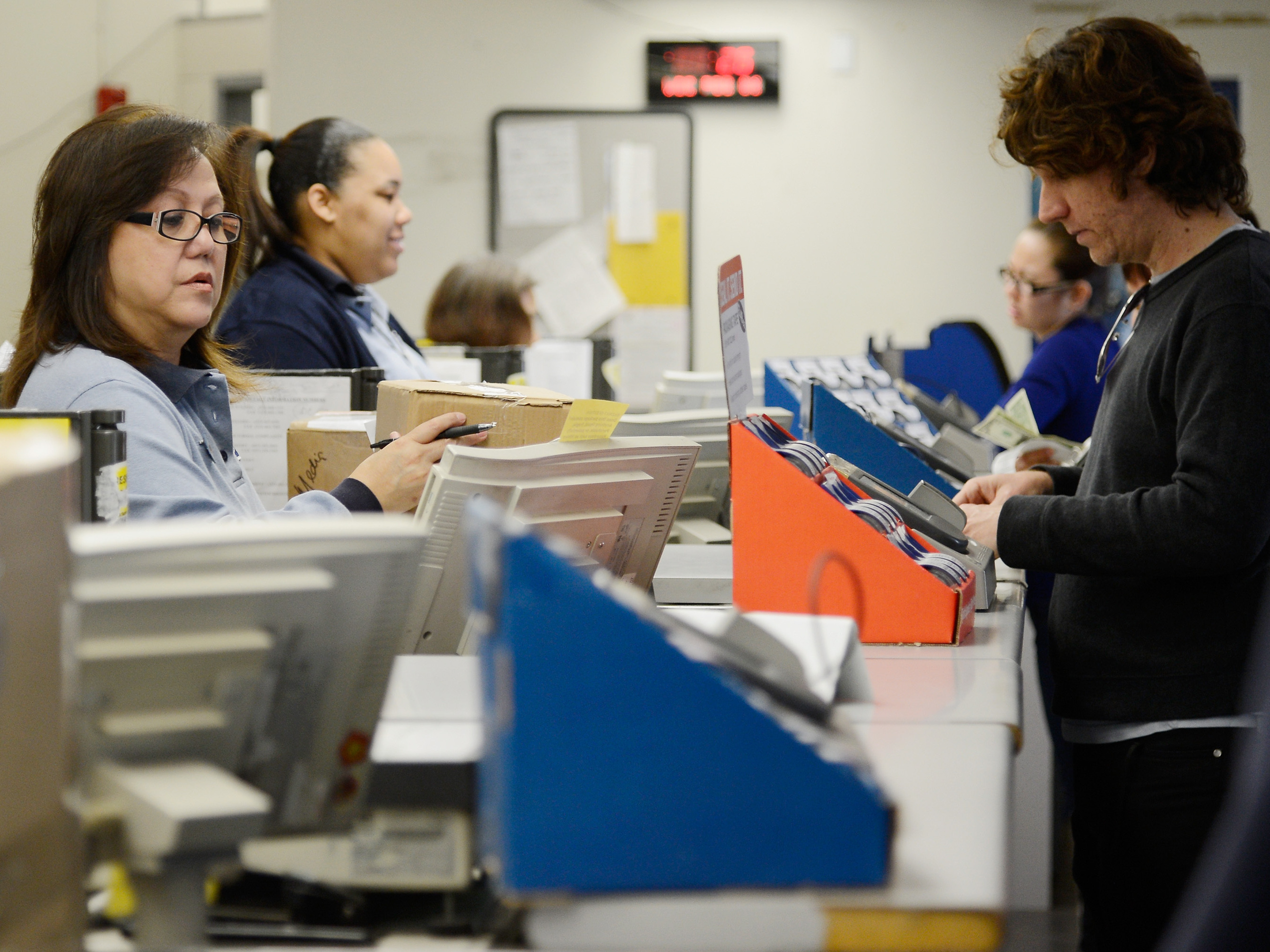 Post Office Could Rack Up Billions By Offering Money Services
