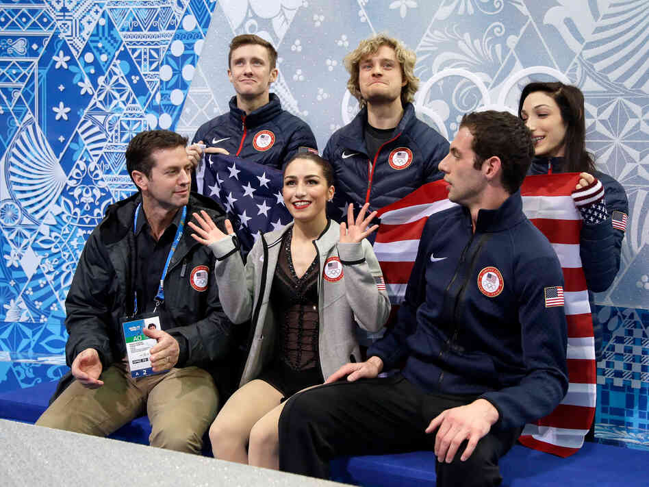 The Gallery For Meryl Davis And Jeremy Abbott: In Team Event, Figure Skating Rivals Cheer For Each Other