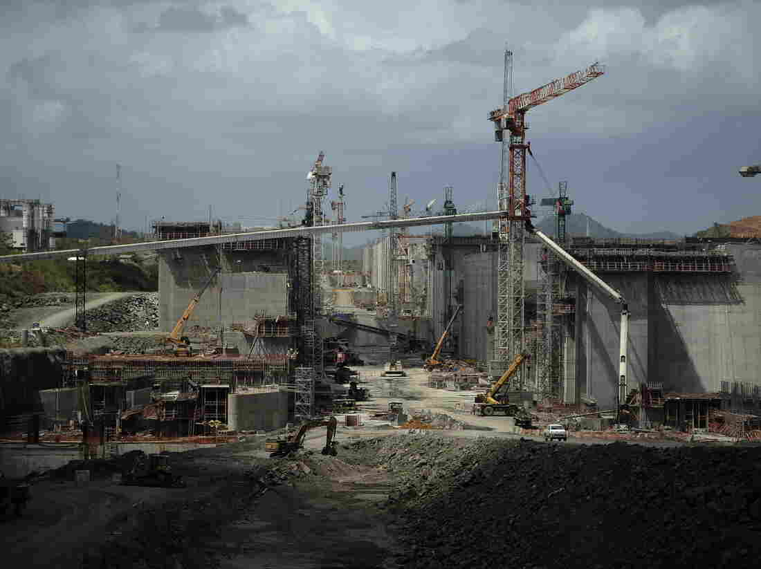 The stalled expansion project of the Panama Canal in Panama City on Thursday.
