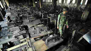 Bangladesh Factory Owners Surrender In 2012 Fire That Killed 112