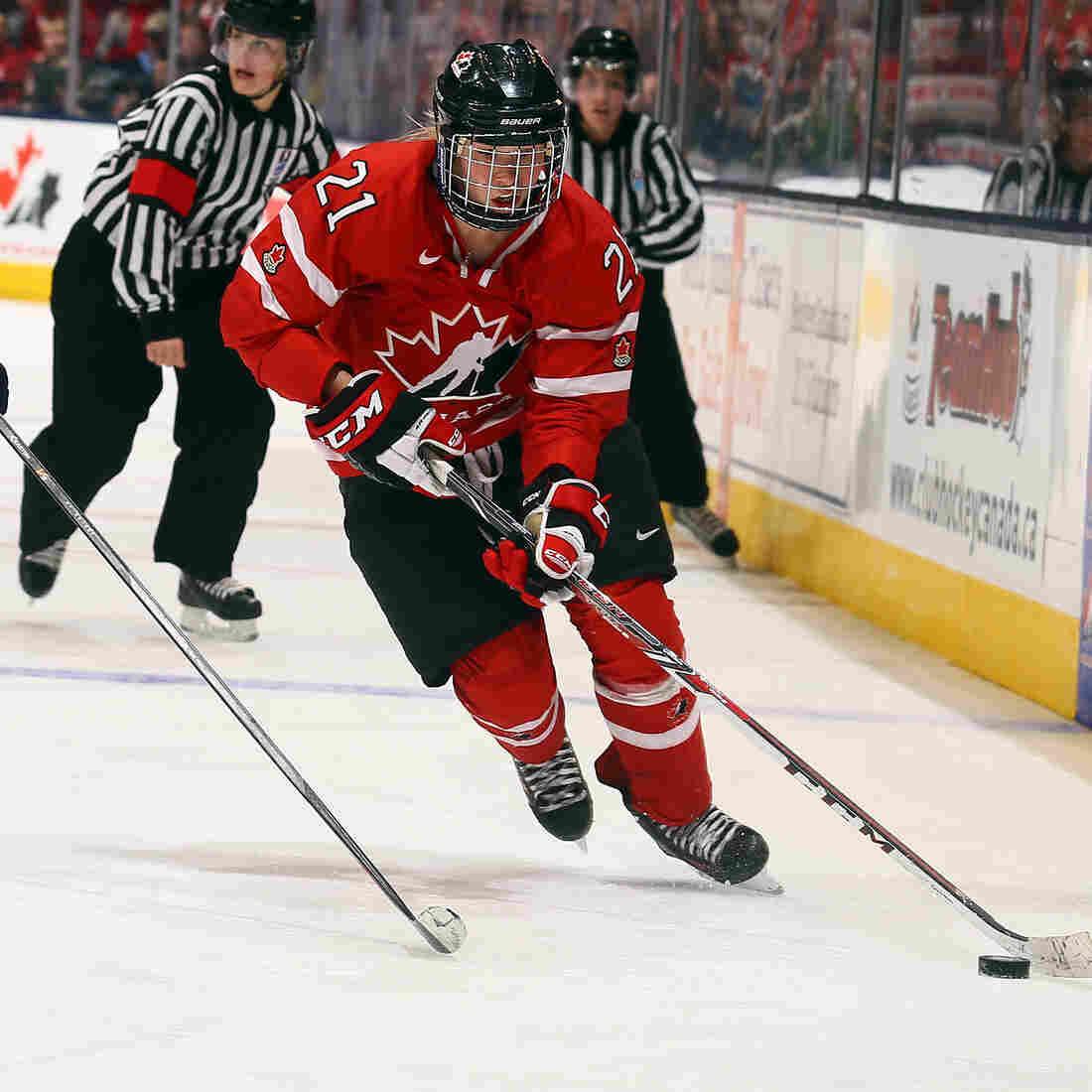 U.S. And Canadian Women's Hockey Brings Plenty Of Heat To The Ice
